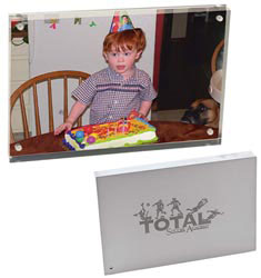 Custom imprinted Magnetic Acrylic Photo Frame (4 x 6)